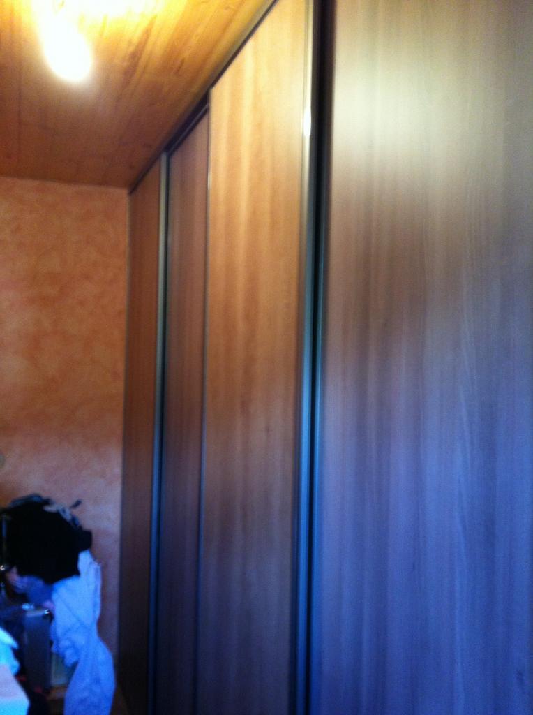 Placard (avec portes)