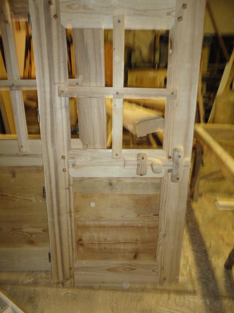 Porte int rieur rustique fermeture bois 1 for Interieur en bois