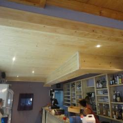 Renovation bar en Sapin (1)