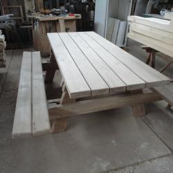 Table extérieur avec banc pliable (2)