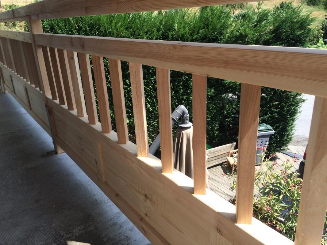 Balcon en pin 4